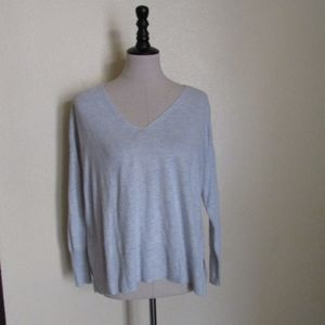 Old Navy Gray V-Neck Sweater